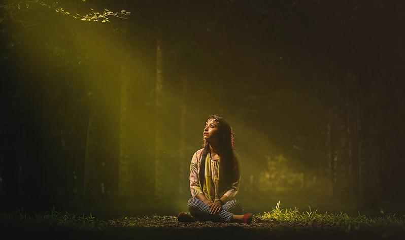 Conoce los 8 principios del yoga - Iluminación