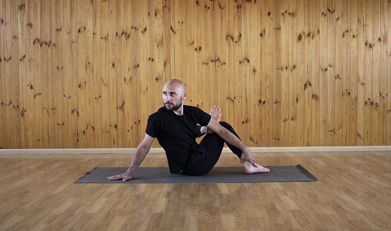 Qué es el yin yoga - Yogui