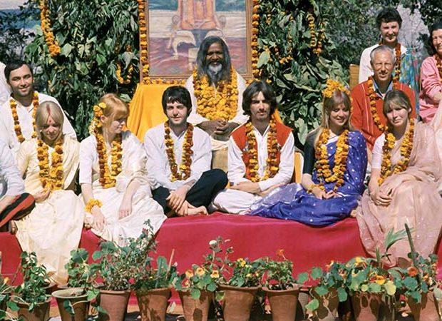 Famosos que practican meditación - Portada (The Beatles)