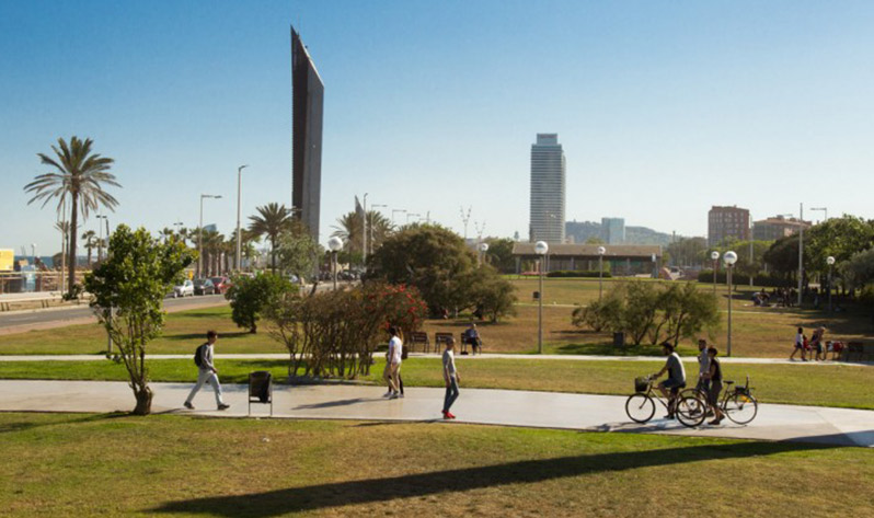 Sitios para meditar en Barcelona al aire libre - Parc del Poblenou