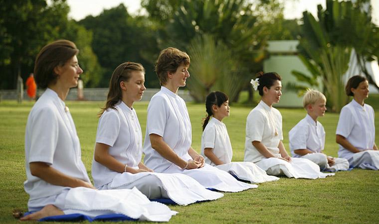 Por qué realizar un retiro espiritual este verano - Portada