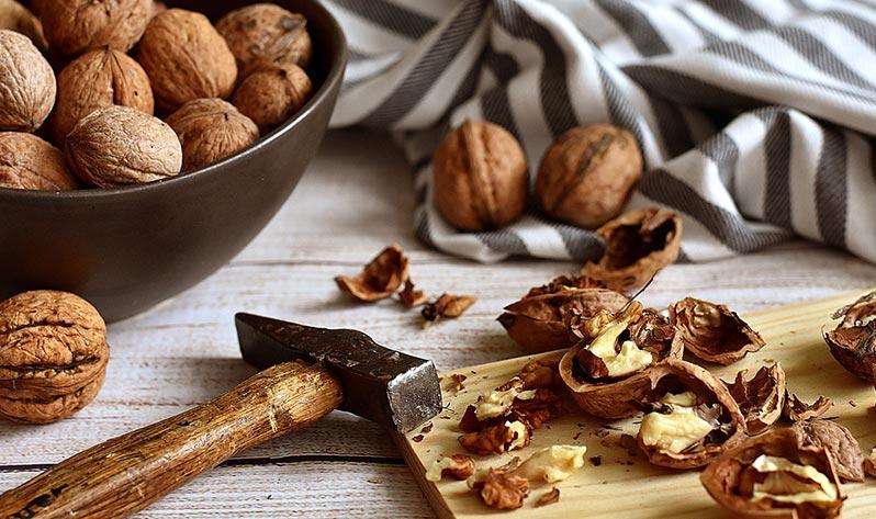 Qué comer en verano para mejorar tu bienestar - Frutos secos