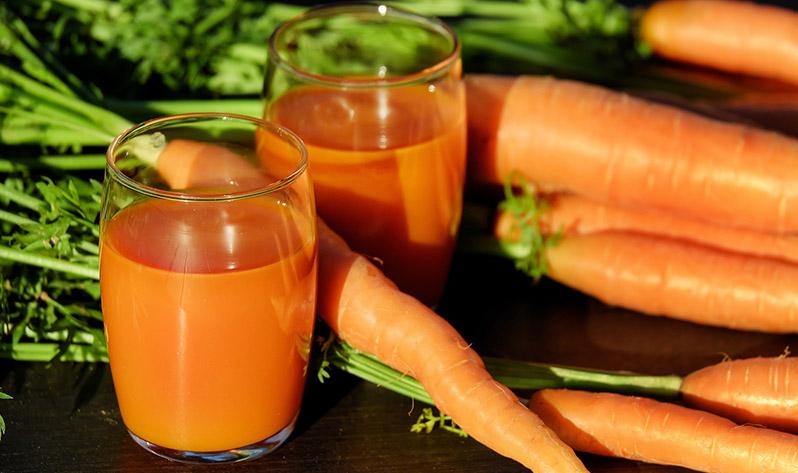Qué comer en verano para mejorar tu bienestar - Zanahoria