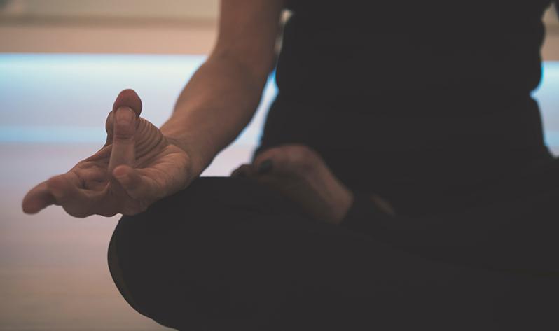 Cómo encontrar el equilibrio y vivir en calma este invierno - Meditar