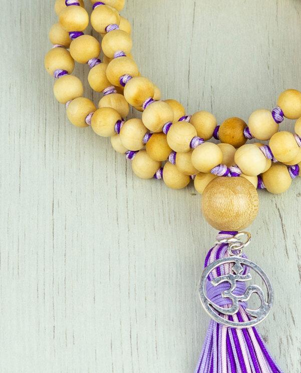 Japamala madera nudos lila detalle