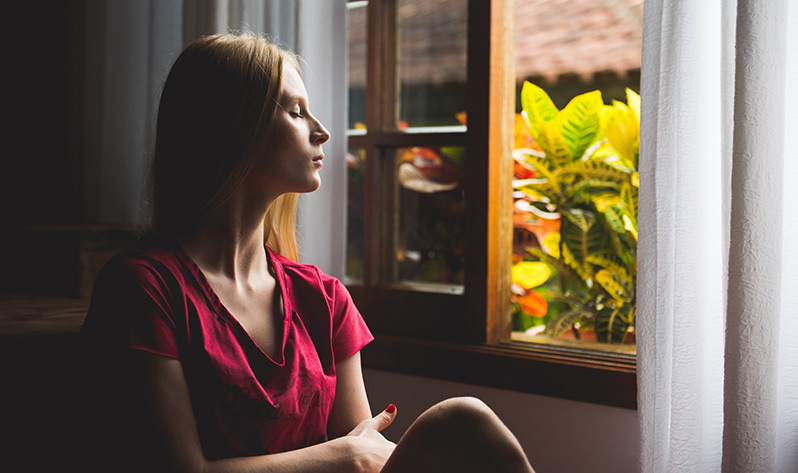 Meditación para calmar la mente y el estrés estos días en casa - Ventana