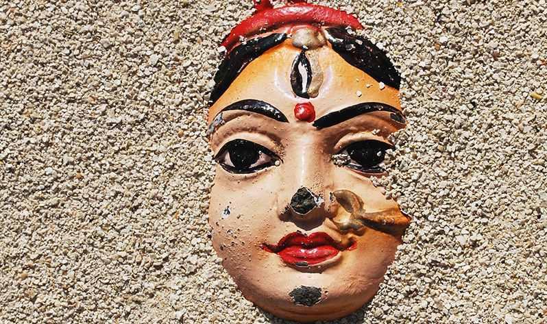 Nuevos mantras para meditar estos días con tu Japa Mala - Laksmí