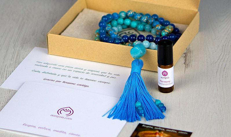 Equilibra el chakra de la garganta con nuestras Japa Malas y gemas - Japa Mala Vishuda