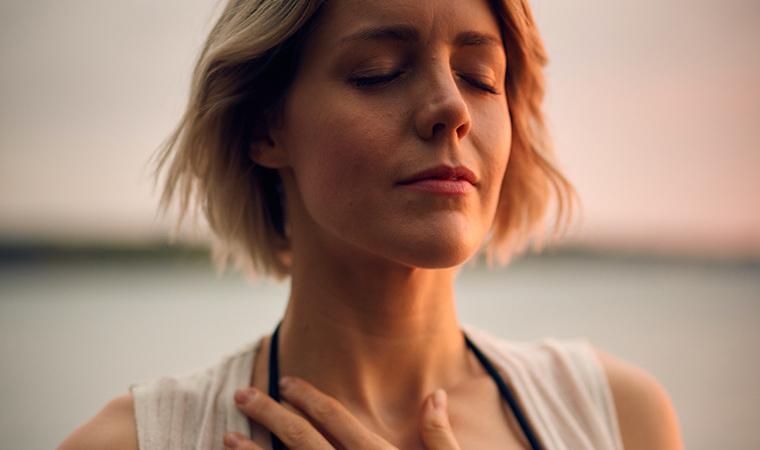 Equilibra el chakra de la garganta con nuestras Japa Malas y gemas - Portada