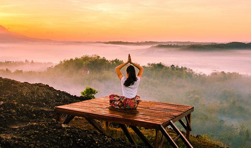 Meditación con Japa Mala para un verano sereno y empoderador - Montañas