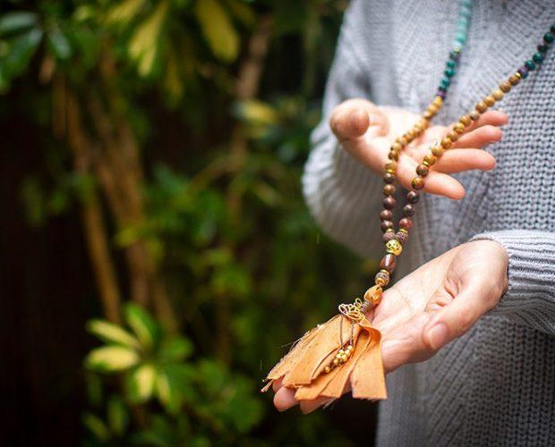 Descubre nuestra colección de Japa Malas inspiradas en las diosas hindúes - Portada