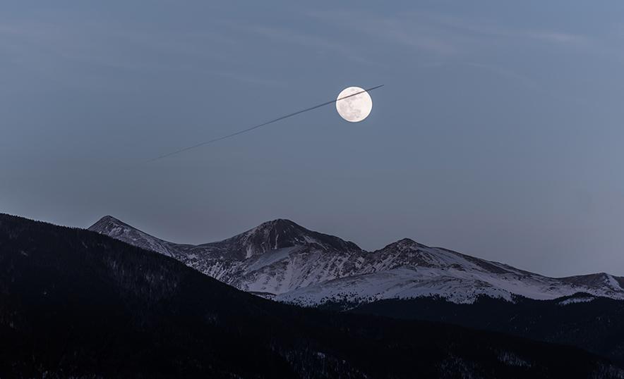 Meditar con la energía de la Luna: una experiencia poderosa (Montañas)