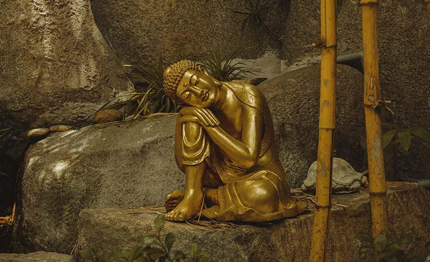 Qué es el Vesak: medita y honra a Buda en su gran día - Estatua